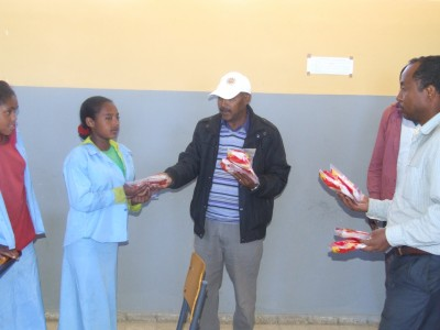 sanitary towels for school girls