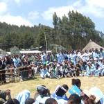 schooljongens en schoolmeisjes in Mezezo
