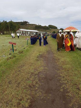 Welkomstceremonie in Kobastil